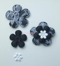 Set satijnen bloemen zwart met kant.